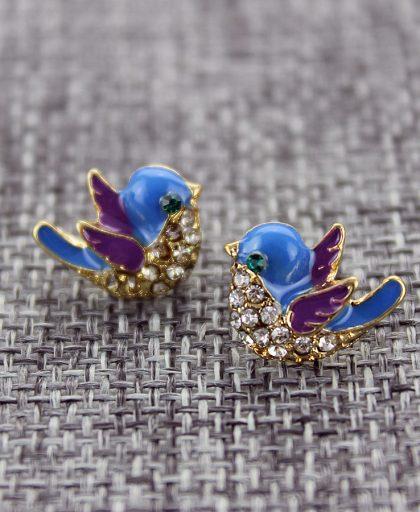 Fashion stud earrings1