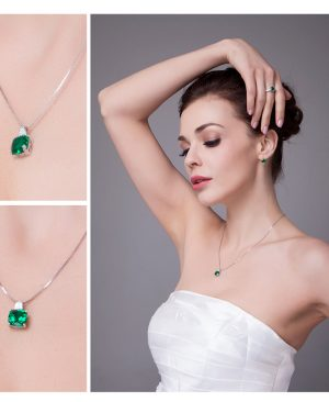 Emerald Necklaces Pendants