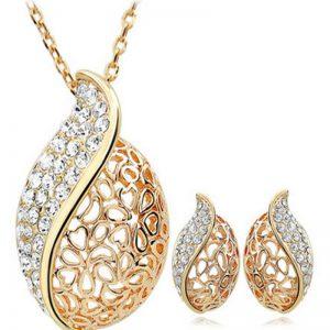 Earrings necklace jewelry
