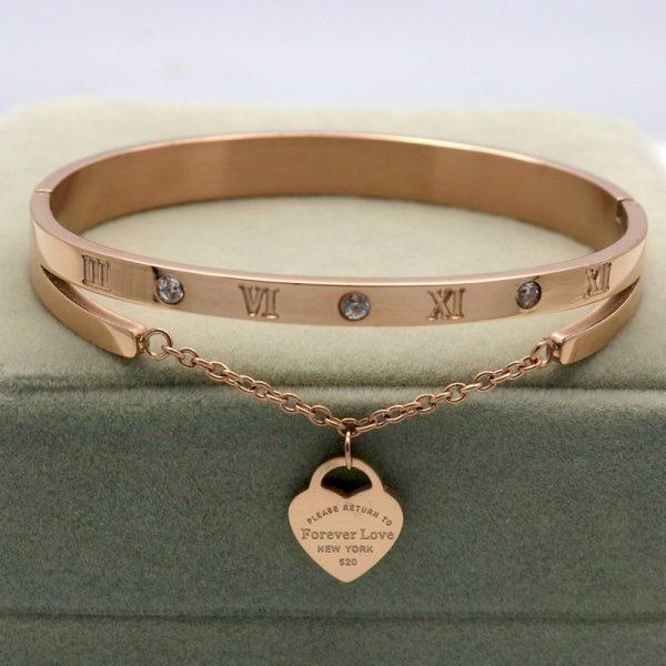 Luxury Brand Bracelet Women Hanging Heart