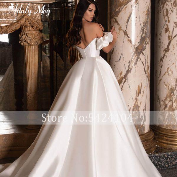 Boat Neck Wedding Dresses